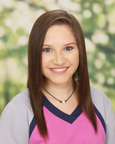 Orthodontist-Assistant-Female-Sadie-at-Shehee-&-Callahan-Family-Orthodontics-in-Pensacola-Navarre-Milton-Pace-Florida